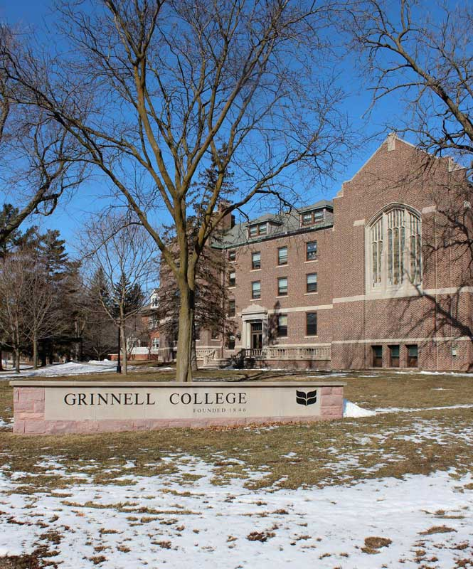 """Grinnell College"" campus brick sign"